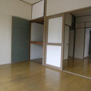 Before:築30年マンション 「2K⇒1K」多彩な床・建具で人気物件!