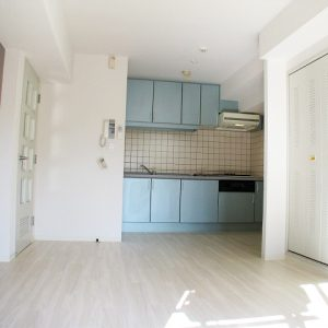 After:築19年分譲マンション1室「2DK⇒1LDK」アクセントクロスで印象付ける!